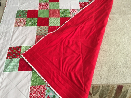 hashtag-christmas-quilt-3