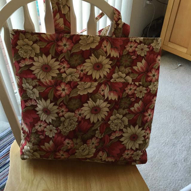 bear-paw-tote-back