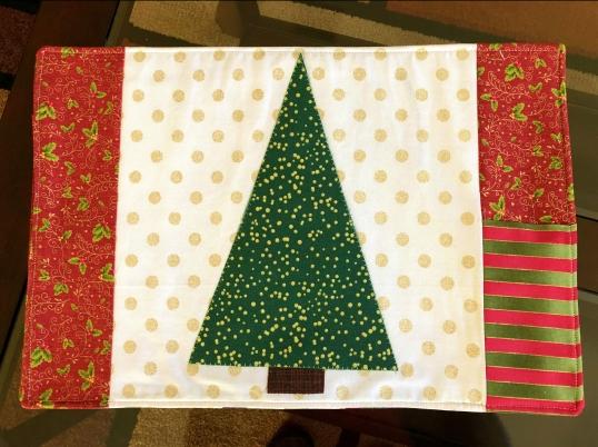 Christmas 2018 Hexi Mat Front