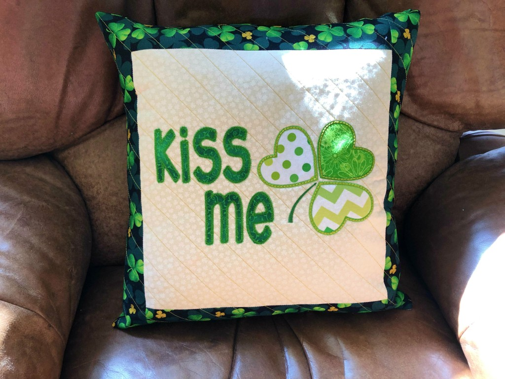 embroidery st patty pillow