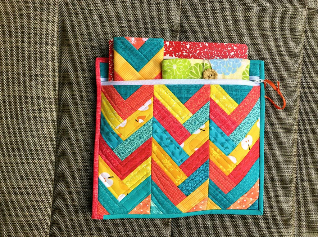 simple quilted zipper pouch