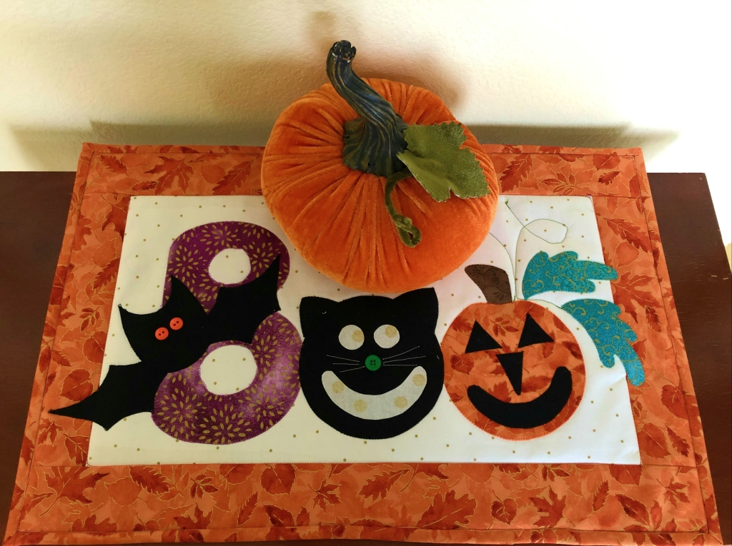 quilted Halloween mini quilt